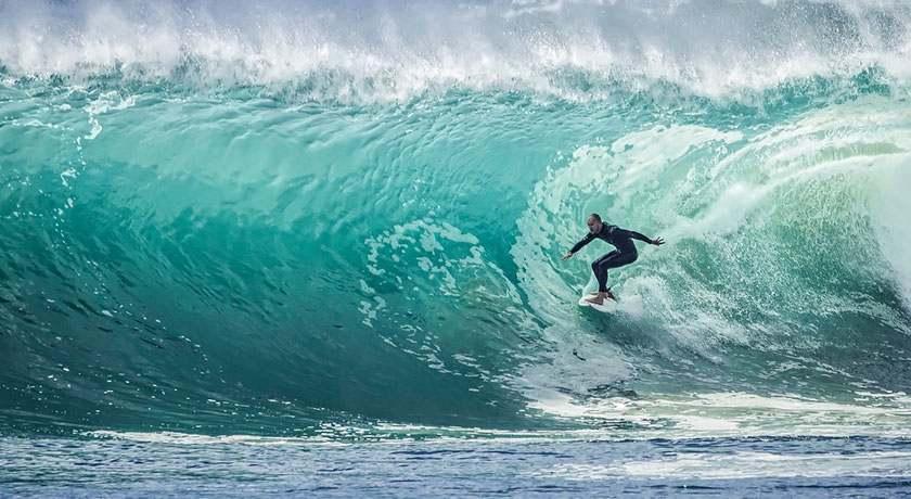 rapport entre l'asymétrie chez le surfeur et la périnatalité